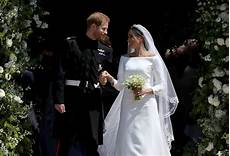 hochzeit prinz harry meghan markle had a something blue for wedding gown time