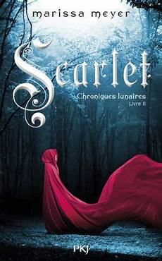 french cover of scarlet by marissa meyer with images