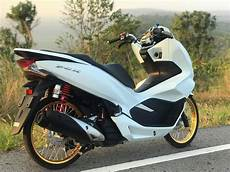 Pcx Modifikasi 2018 by Inspirasi Modifikasi Honda Pcx 150 2018 Ban Cacing 187 Cahbrogo