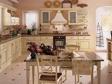 credenze bianche anticate cucine shabby chic scavolini cucine scavolini