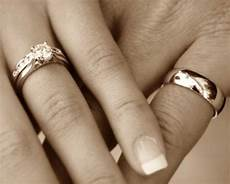 wedding rings what hand wedding rings on hands treading grainwedding rings on hands treading grain