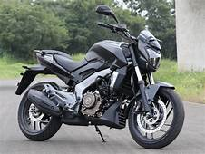 FIRST RIDE 2018 Modenas Dominar 400  35 PS Thumping
