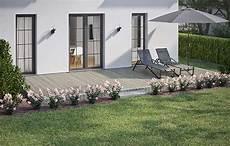 terrassenumrandung mit pflanzen beeteinfassung terrassenumrandung setzen obi gartenplaner