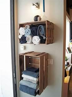rangement serviette salle de bain id 233 e d 233 coration salle de bain meuble en cagette de bois