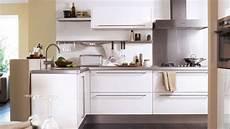 plan cuisine aménagée cuisine cuisine fonctionnelle am 195 169 nagement