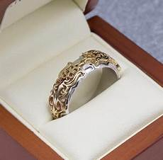 custom wedding rings design your own wedding bands custommade com