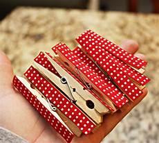 diy christmas card holder for 4 00 christmas crafts christmas card holders homemade