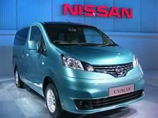 Nissan Unveils 7 Seater Evalia Nissan Unveils 7 Seater