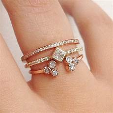 diamonds come in all shapes and sizes 34 real ways to style your wedding ring popsugar