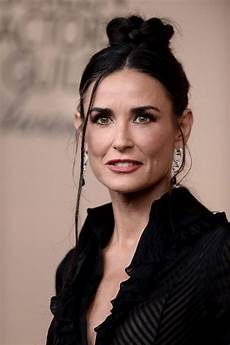 demi moore at saga 2016 celebzz