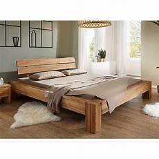 bett komforthöhe 180x200 balkenbett bett massivholzbett wildeiche massiv ge 246 lt