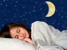Waspada Jika Selalu Berkeringat Saat Tidur Malam