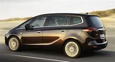 Opel Zafira 7 Sitzer - all new 2012 opel zafira 7 seater minivan breaks cover