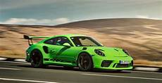comprehensive guide to the 2019 porsche 911 gt3 rs