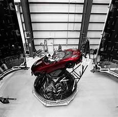 Elon Musk Reveals New Photos And Of Tesla Roadster