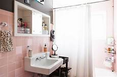 ideas for towel storage in small bathroom ideas for hanging storing towels in a small bathroom apartment therapy