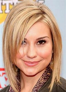 hairstyles for round faces medium length hair cuts 25 beautiful medium length haircuts for round faces 187 wassup mate