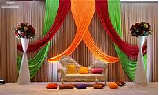 Home Decor Ideas For Indian Wedding by Indian Wedding Stage Decoration Idea Oosile