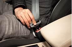 ceinture de sécurité road trip 7 safe driving tips for new graduates mogil