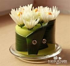 mousse pour composition florale mini gateau floral avec cylindre mousse florale vert