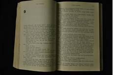 Tsarin Dan Buku Langka Bumi Manusia