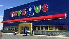 toys r us returns new owners looking to bring back