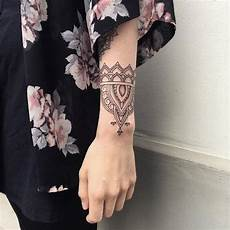 Arm Tattoos Frauen - arm tattoos for ideas and designs for