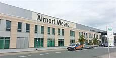 parken düsseldorf weeze weeze airport parking parkvia