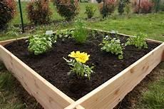 jardin carré potager the white home potager en carr 233