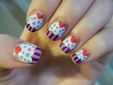 karen lives high cupcake nails