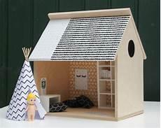 puppenhaus zum selber bauen puppenhaus aus holz selber bauen mit twercs bauanleitung