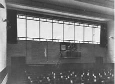 bauhaus denkmal bundesschule bernau lecture hall