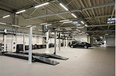 amenager garage 4 tips for choosing the best car shop in muskego s collision center