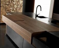 Küchenschrank Mit Ausziehbarer Arbeitsplatte - cuisine design italienne par toncelli en 40 photos top