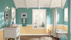 7 great colors for painting bathrooms