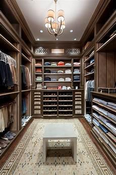 How To Design A Walk In Closet