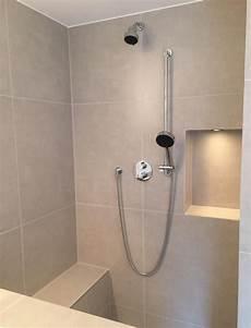 dusche sitzbank gemauert walk in dusche mit sitzbank
