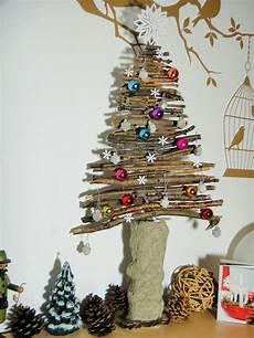 weihnachtsbaum aus 196 sten weihnachten deko baum 228 ste