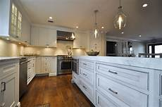 Kitchen Countertops Nassau County by 9 Island With 3 Quot Mitered Countertops And Island Microwave