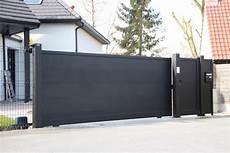 portail aluminium avec portillon adjacent smf services