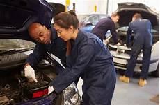 formation mecanicien auto astuces pour bien choisir 233 cole de m 233 canique automobile