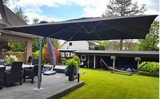 solero 174 palestro large cantilever parasol 4x4 or 4x3