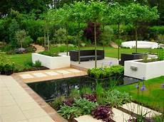 Sitzecke Garten Gestalten - 16 phenomenal contemporary landscape designs that will