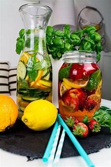 infused water rezepte infused water fruchtwasser rezepte f 252 r den sommer