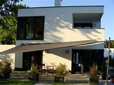 Dach Terrasse Windschutz Segel - sonnensegel aufrollbar bilder beispiele und l 246 sungen