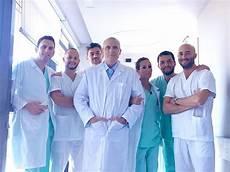 ospedale di pavia oncologia mega protesi al dipartimento rizzoli sicilia su un