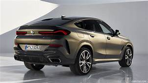2020 BMW X6 M50i  Rear Three Quarter HD Wallpaper 26