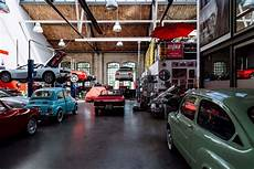 automotive garage how to start a successful auto dealership business for