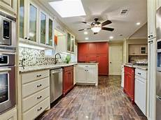 Kitchen Paint Colors Cabinets by Kitchen Cabinet Paint Colors Pictures Ideas From Hgtv