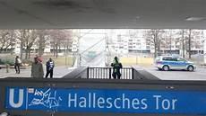 Munitionsfund Legt Verkehr Auf Der U6 Lahm Berliner